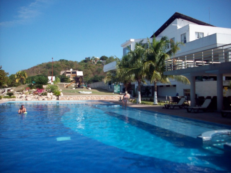 Pool at Club Nautico