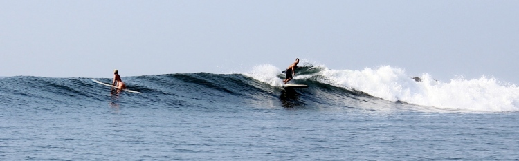 Jamie catchin a beautiful wave in Las Flores. Photo courtesy of our new friends Stephanie and Alex. Thanks guys!